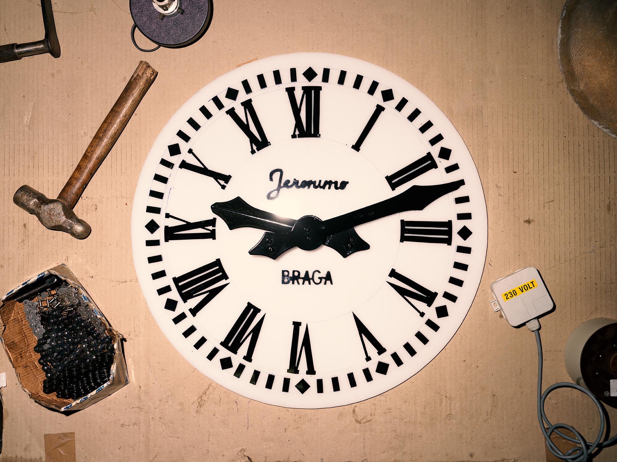 Imagem de um mostrador de relógio da Fundição de Sinos Jerónimo